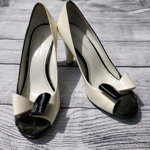 Anne Klein Black and White Heels 10